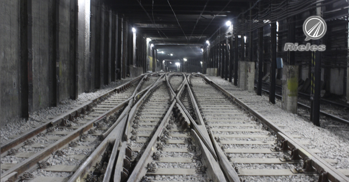 Amurrio in the renovation of the 'Constitución' Station of the subway of Buenos Aires