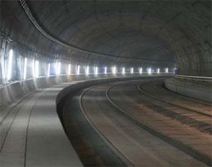 ADIF adjudica a AMURRIO la renovación de aparatos de vía para el túnel madrileño de Recoletos