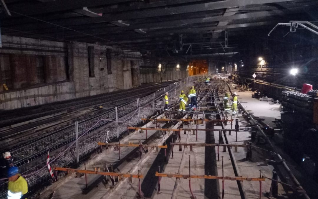 Amurrio instala en Atocha una travesía de unión doble de gran tamaño